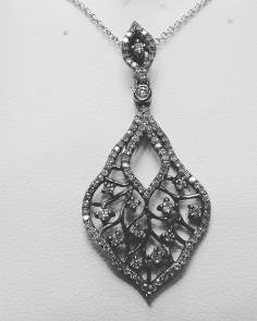 14Kt white gold with diamonds